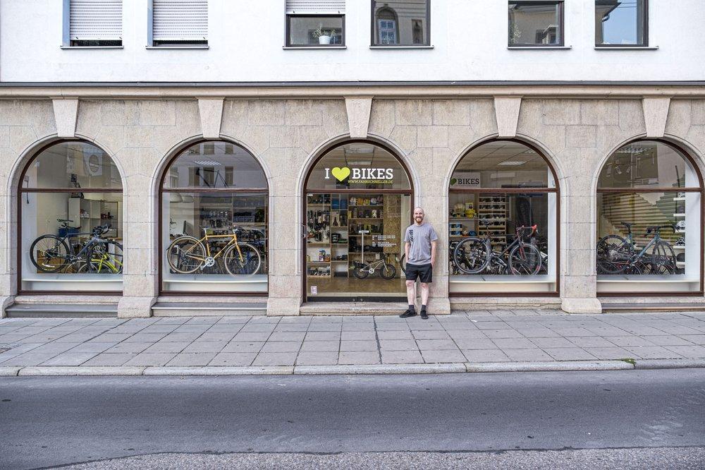 fahrschneller.de in Stuttgart von aussen
